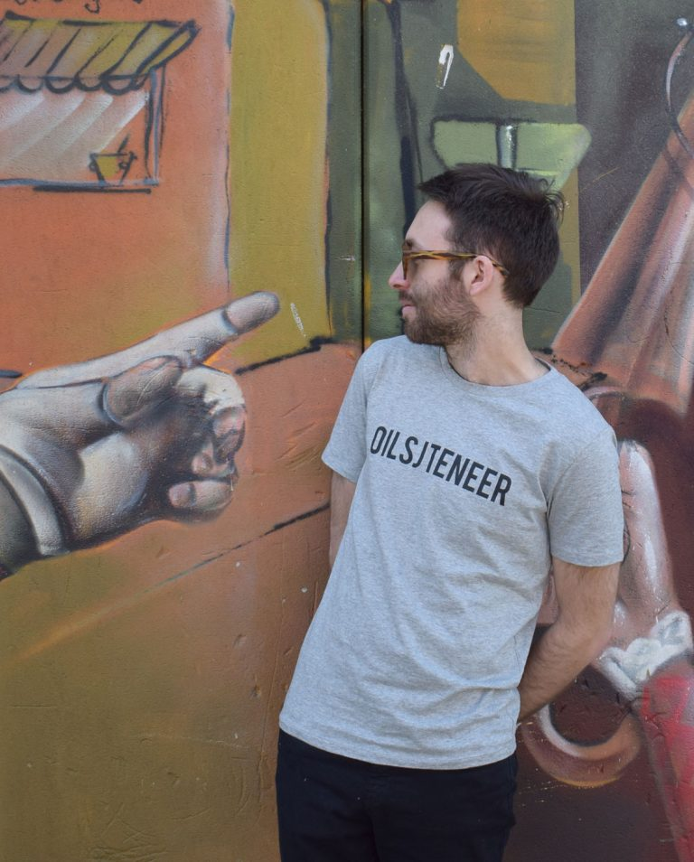 Oilsjteneer-man-grijs-t-shirt